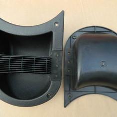 Maner boxa, material plastic, 205 x 155 mm