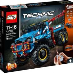 LEGO® Technic - Camion de Remorcare 6x6 42070