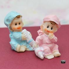 Bebelusi figurine cu biberon marturii botez VN013