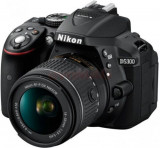 Aparat Foto D-SLR Nikon D5300, Kit AF-P 18-55mm VR, Filmare Full HD, 24.2MP (Negru)