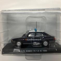 Macheta Alfa Romeo 75 1.8 IE - 1988 CARABINIERI scara 1:43