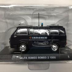 Macheta Alfa Romeo Romeo 2 - 1966 CARABINIERI scara 1:43