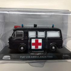 Macheta Fiat 238 Ambulanza - 1969 CARABINIERI scara 1:43