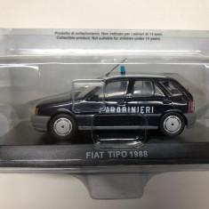 Macheta Fiat Tipo - 1988 CARABINIERI scara 1:43