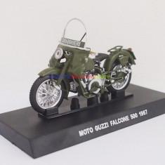 Macheta motocicleta Moto Guzzi Falcone 500 - 1967 CARABINIERI scara 1:24