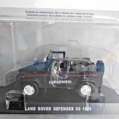 Macheta Land Rover Defender 90 - 1998 CARABINIERI scara 1:43
