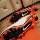 Ghete fotbal Nike, 40.5, Alb