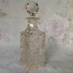Flacon parfum foarte vechi, cristal taiat manual