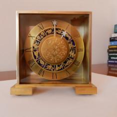Pendula,ceas de birou,semineu,zodiac,frantuzesc,HOUR LAVIGNE,garantie