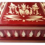 Cutie lemn secreta culoare rosu , cutie puzzle cu cheia ascunsa