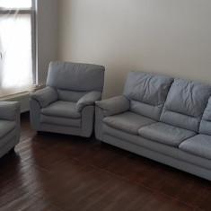 Canapea extensibilă + 2 fotolii