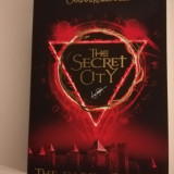 G J Daugherty - The Secret City, The Dark is Coming (Fantasy)