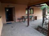 Vand casa mobilata cu centrala + teren