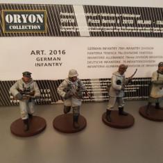 Set 4 soldati German Infantry - WW II scara 1:32, peste 14 ani, Unisex