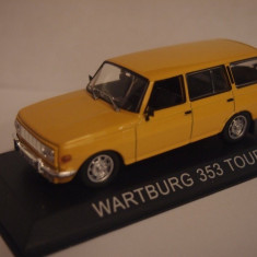 LOT 5 - Machete Wartburg 353 Tourist + Fiat Campagnola scara 1:43