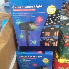 Proiector laser fulgi de zapada