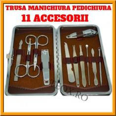 Set Trusa pentru Manichiura si Pedichiura, 11 accesorii