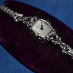 CEAS AUR ALB 14K - BENRUS + 2 Diamante - Mecanic - Vintage - Cutie - 11.5g.!