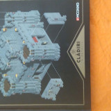 Doua cărți Minecraft , una in romana Mohjang, a doua in engleza USA