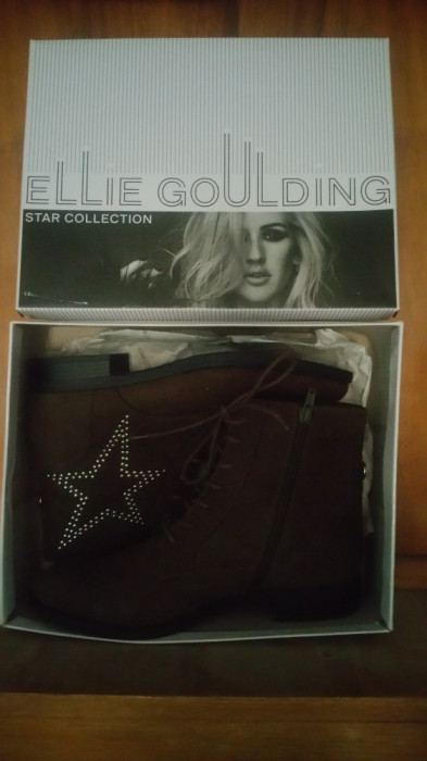 Ghetute Dama masura 40 Ellie Goulding
