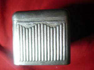 Cutie veche pt. Bijuterii ,metal argintat ,Dim.= 12,8x8,5x9cm
