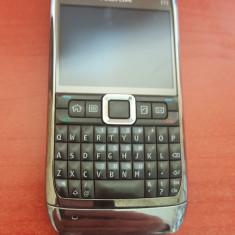 Telefon Nokia E71 gri / original / folosit / stare foarte buna, Neblocat, Smartphone