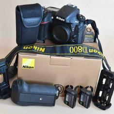 Nikon D800 cu grip Nikon si 2 acumulatori Nikon