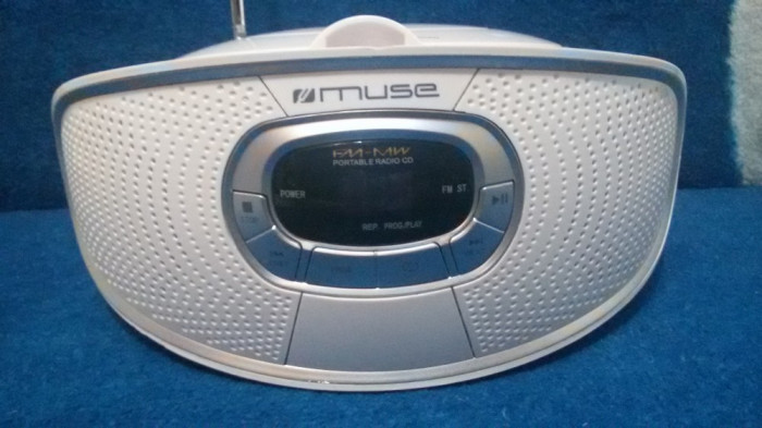 RADIO AM/FM CU CD PLAYER MUSE M-20 RDW PERFECT FUNCTIONAL