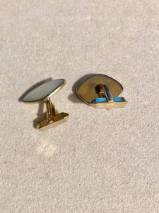 VINTAGE - BUTONI - cu sidef - placat cu aur model clasic
