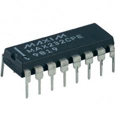 Convertor de Nivel RS232 cu MAX232