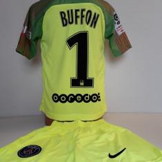 Echipamente portar  pentru copii Buffon Paris Saint Germain nou  set fotbal
