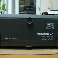 Aparat proiectie diapozitive ENNA- MONITOR AF+una magazie