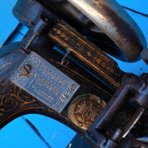 MASINA DE CUSUT VECHE - MARCA SINGER - FUNCTIONALA - FONTA MASIVA - ANII 1900