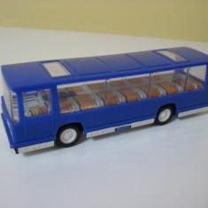 Jucarie veche est-germana (RDG) de colectie - Autobuz Turist (Bison)
