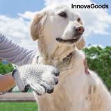 Manusa pentru Perierea si Masarea Animalelor de Companie InnovaGoods