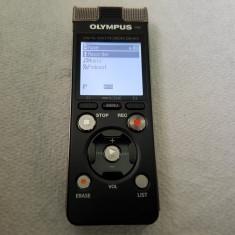 SUPER REPORTOFON OLYMPUS DM-670 :8 GB MEMORIE FLASH,USB,3 MICROFOANE ,SLOT CARD