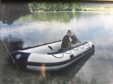 Barca pneumatica cu motor de 50 CP,veste de salvare si Peridoc