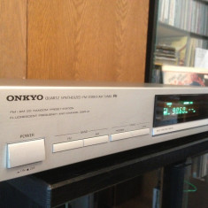 ONKYO - Quartz Synthesized FM Stereo / AM Tuner T-4630 - Impecabil/Japan