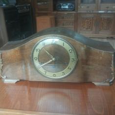 Ceas de masa JBS cu batai la sfert