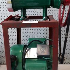 Masina de tocat carne nr.32 cu motor electric 1500W 1400rpm