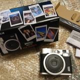 Aparat foto instant Fujifilm Instax Mini 90