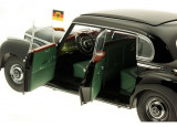 Macheta Mercedes Benz 300 W 186 (1951-1954) 1:18
