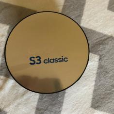 Samsung S3 Gear Classic, Otel inoxidabil