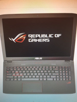 Laptop gaming ASUS ROG,i7 power house + stand cooler. foto
