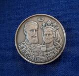 Medalie Regele Carol I  - regina Elisabeta - Biserica domneasca din  Busteni