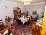 Apartament 3 camere de vanzare C.U.G.,70000 EUR, Etajul 2