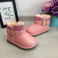 Cizme roz imblanite cu sclipici si catarama pt fete copii bebe 20 21, Din imagine