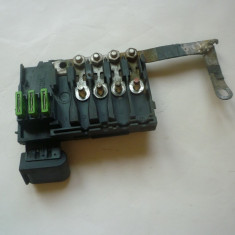 Suport siguranta, releu si modul panou electric baterie acumulator Audi A3 8L !