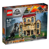 LEGO® Jurassic World - Furia Indoraptorului Pe Mosia Lockwood 75930