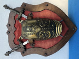 Panoplie veche ,miniaturala,franceza,armura si doua sabii incrucisate